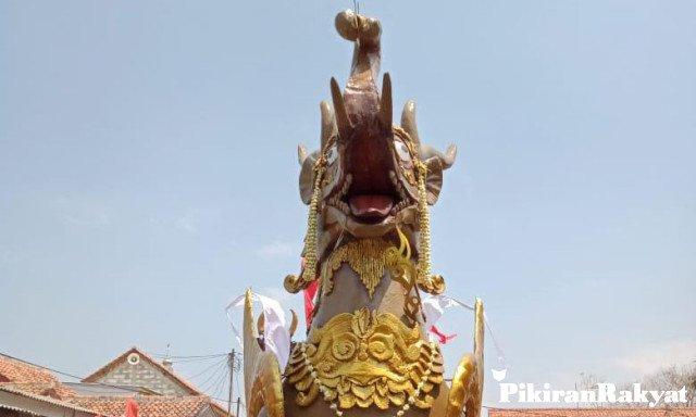 Pada karnaval ogoh-ogoh Sabtu pekan lalu, diikuti sedikitnya 150 replika patung dengan motif yang sangat beragam. Foto: Pikiran Rakyat