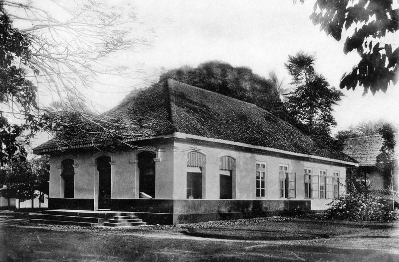 Salah Satu Kantor LMOD Tahun 1904 (Sumber : http://www.beeldarchiefgildedeventer.nl/Deventer-Algemeen/Diversen/i-tcsQ724)