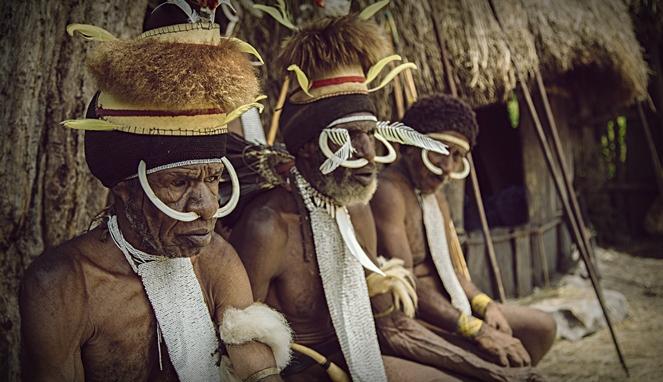 Tradisi Potong Jari, Mengerikan Tapi Penuh Makna