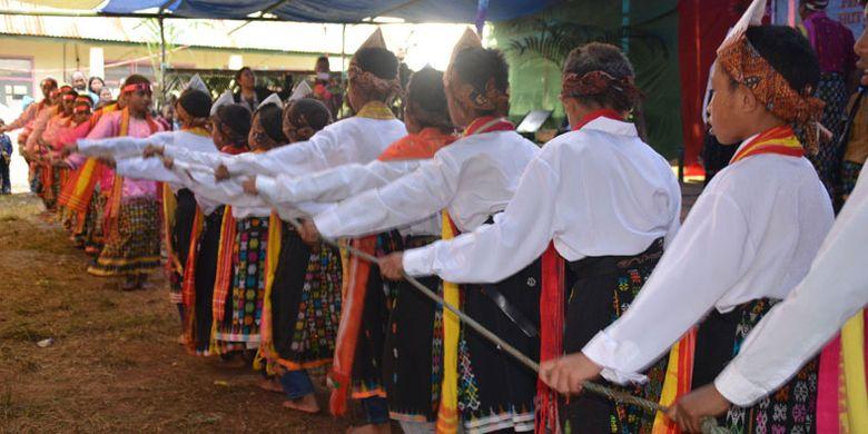 Tradisi Umbiro | Sumber: Kompas.com