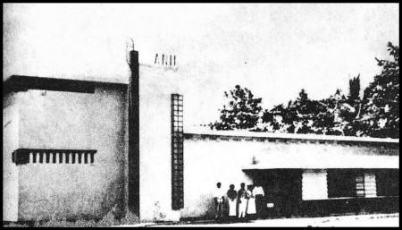 Bangunan Agemeen Nederlandsche Indisch Film (ANIF)   Sumber: Wikipedia.id