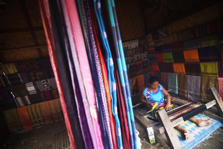 Kain Tenun khas Lombok | Sumber: Wego.id