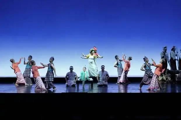 Pementasan teater I La Galigo | Sumber: Sindonews.com