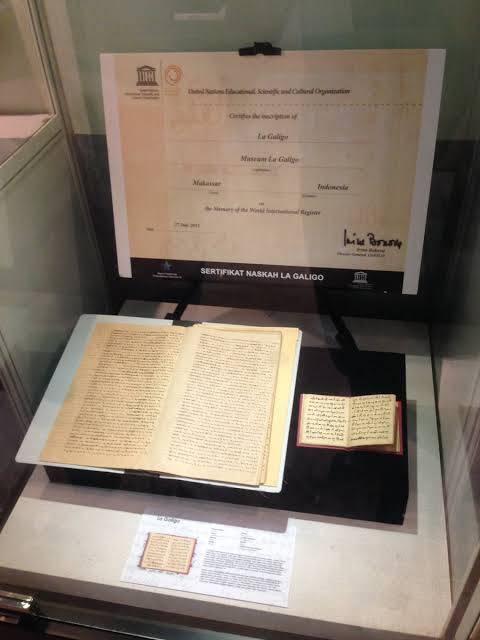 Naskah I La Galiigo di Museum Nasional | Sumber: Twitter @Shanibudi