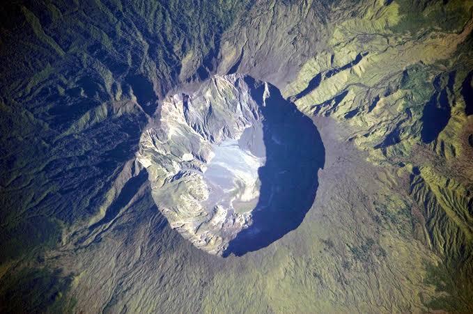 Gunung Tambora | Sumber: Wikipedia