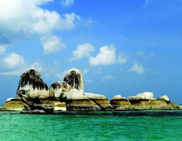 Taman Bumi Belitung | Sumber: mediaindonesia.com