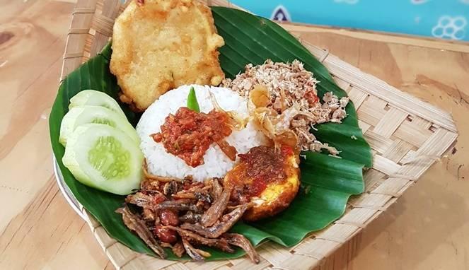 Nasi megono | Sumber: Travelingyuk.com