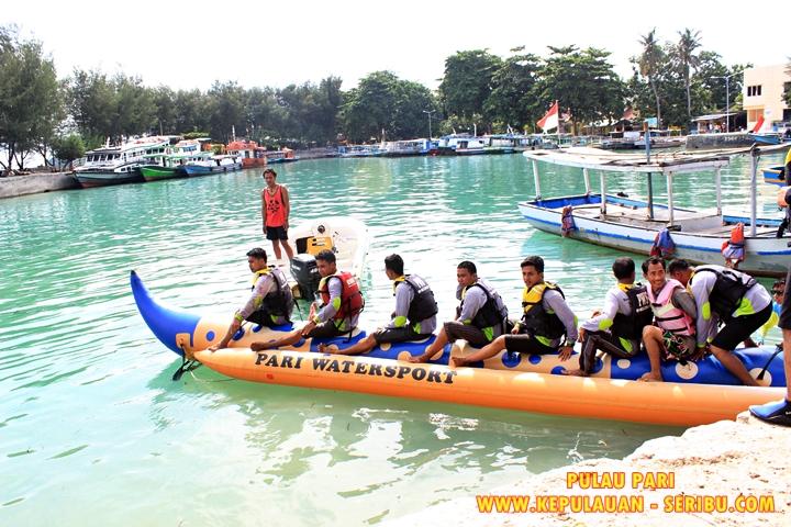 Watersport Banana Boat Di Pulau Pari
