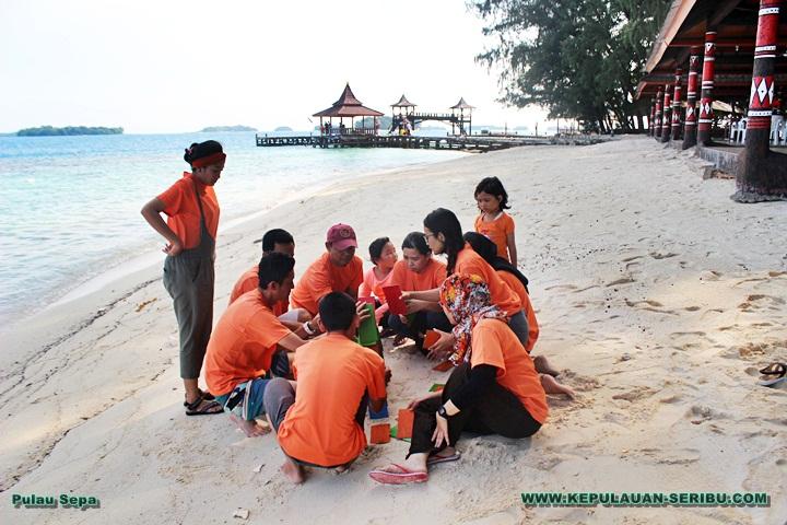 Family Gathering Pulau Sepa wisata Pulau Seribu