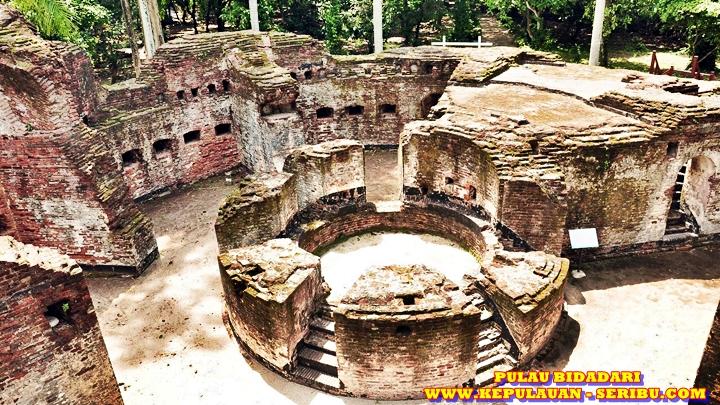 Benteng Martello Di Pulau Bidadari Sebuah Peniggalan Bersejarah Pada Zaman Belanda