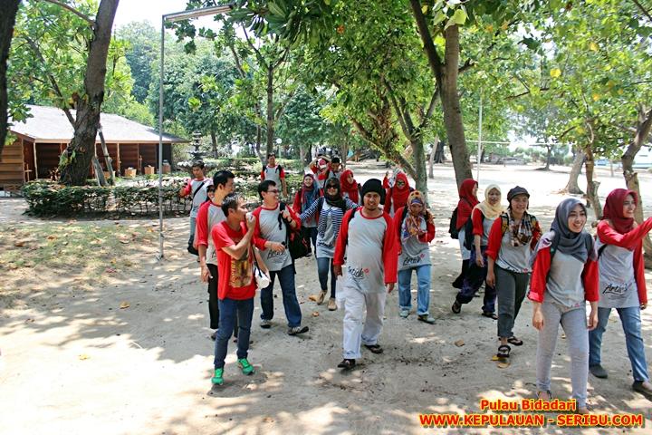 Hopping Island Di Pulau Bidadari Wisata Kepulauan Seribu Jakarta