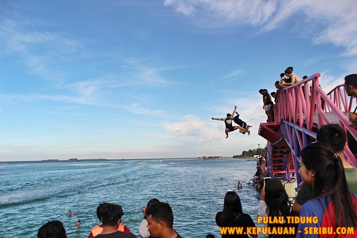 Jembatan Cinta Di Pulau Tidung Wisata Pulau Seribu
