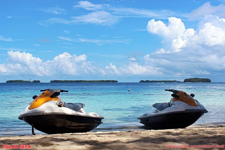 Bermain watersport jetski di pulau sepa wisata kepulauan seribu
