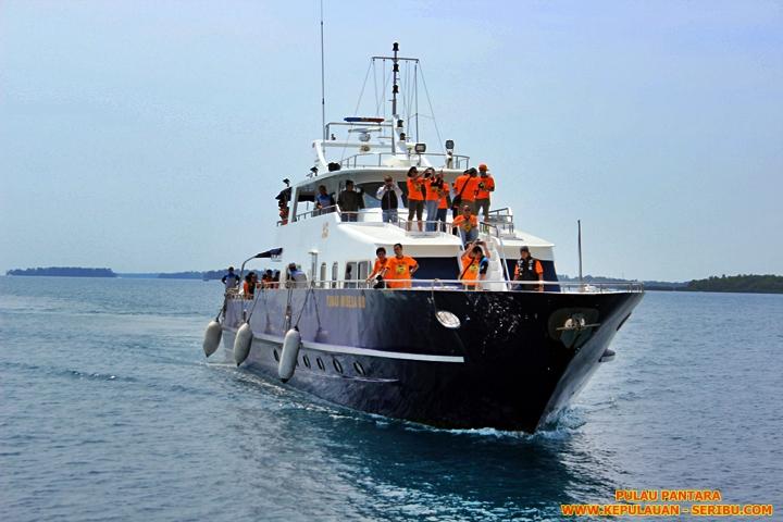 Kapal Pulau Pantara Resort Wisata Pulau Seribu