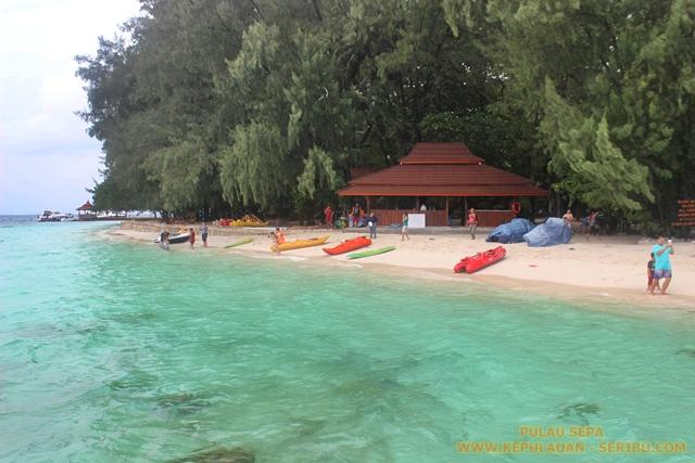 Pantai Dan Laut Di Pulau Sepa