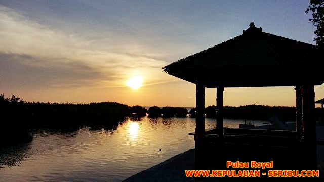 Sunset Di Royal Island Resort Pulau Kelapa Wisata Pulau Seribu Jakarta