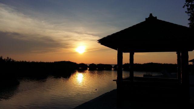 Royal Island Pulau Kelapa Wisata Kepulauan Seribu