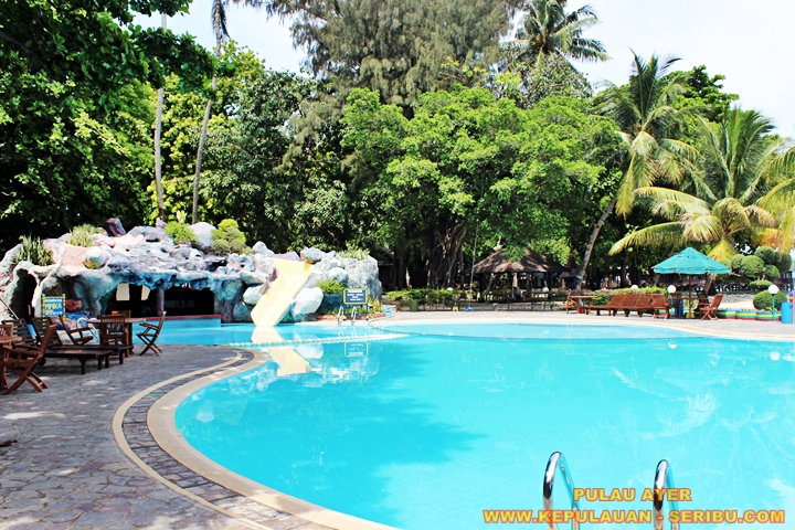 Swimming Pool Pulau Ayer Resort Jakarta
