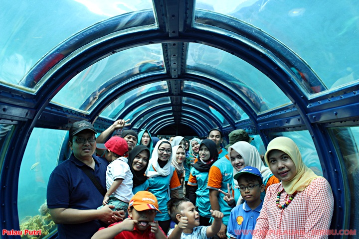 Tunnel Aquarium Pulau Putri Wisata Kepulauan Seribu