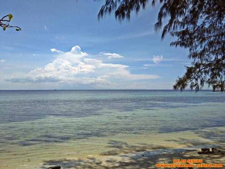 Wisata Pulau Seribu Pantai Pasir Putih