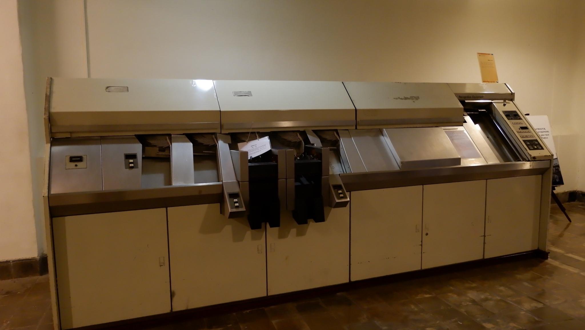 Salah satu mesin di De Javasche Bank   Foto: Atika Puji/GNFI