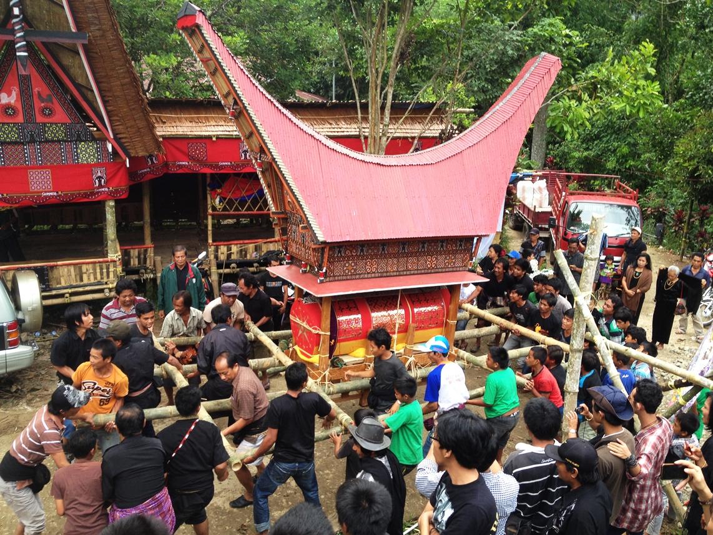 prosesi Rambu Solo | Damn ILoveIndonesia