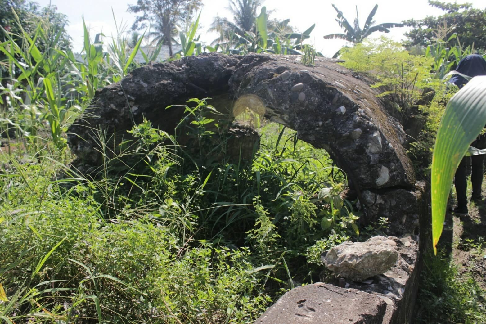 Bunker Pertama