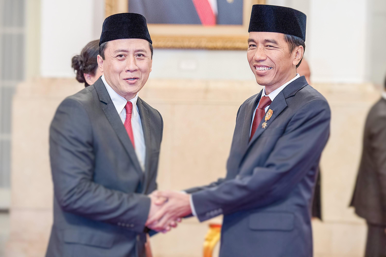 Presiden Jokowi dengan Kepala Badan Ekonomi Kreatif, Triawan Munaf