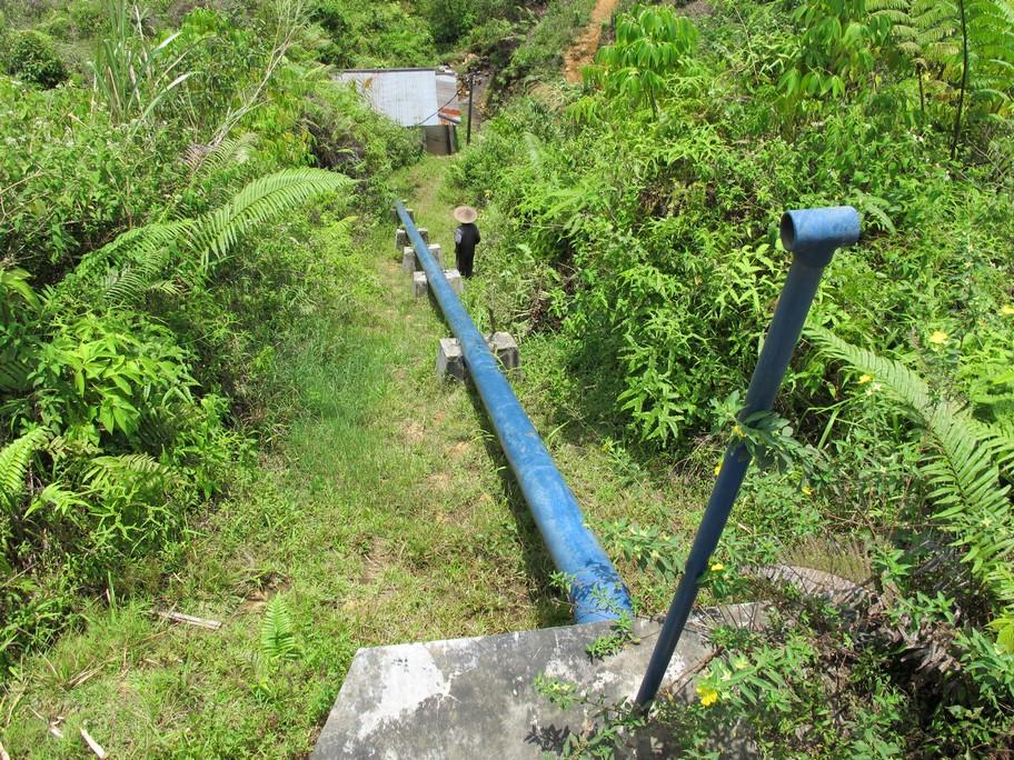 Pembangkit Listrik Tenaga Mikrohidro di Dusun Palanggaran. Berkat rancangan inilah IBEKA mendapatkan Ashden Award pada tahun 2012 © Ashden.org