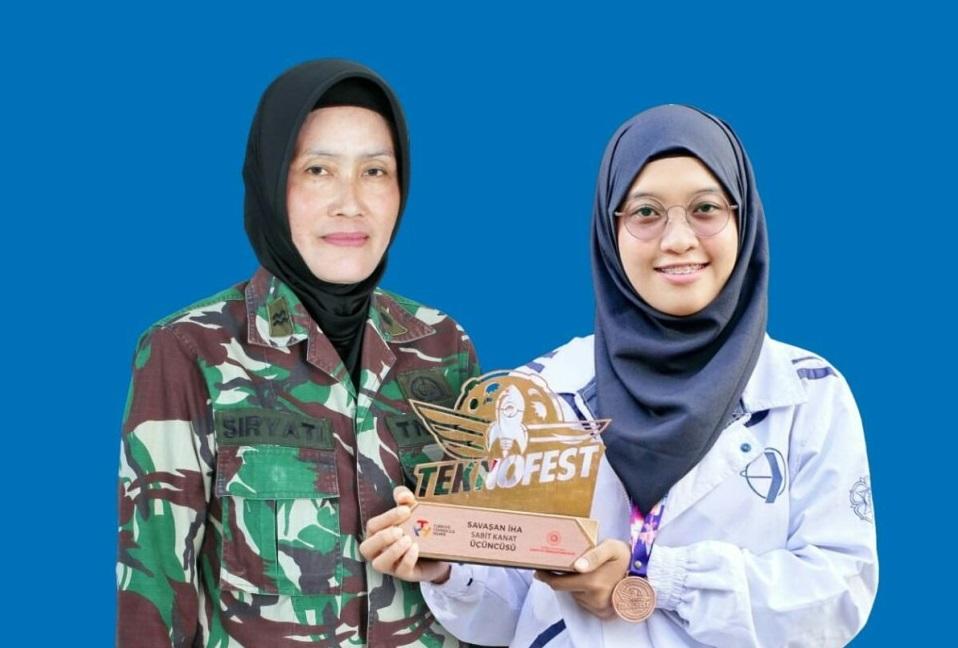 Fauni Putri Anggota TNI Ad