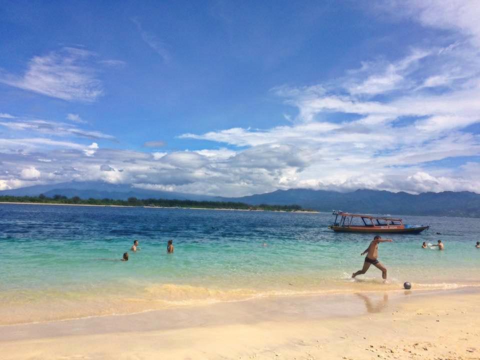 Salah satu keindahan pantai di Lombok