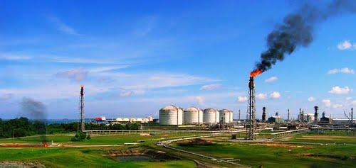 Panorama Kompleks Pabrik PT Badak LNG
