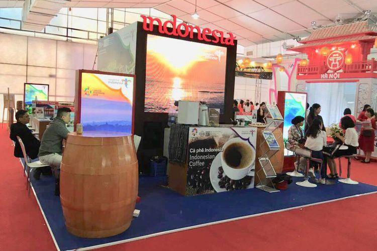 Booth Wonderful Indonesia di Vietnam International Travel Mart (VITM) 2018, Hanoi, pada 29 Maret - 1 April 2018