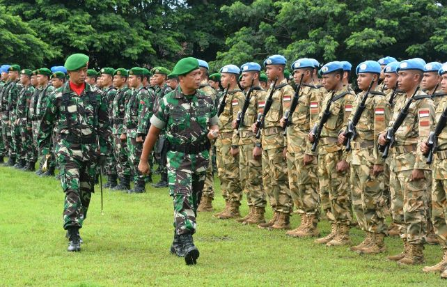 Upacara penyambutan Satgas Konga UNIFIL, Minggu (31/12) di lapangan Gebang Mataram, NTB. Foto: Dok. Penrem 162/WB