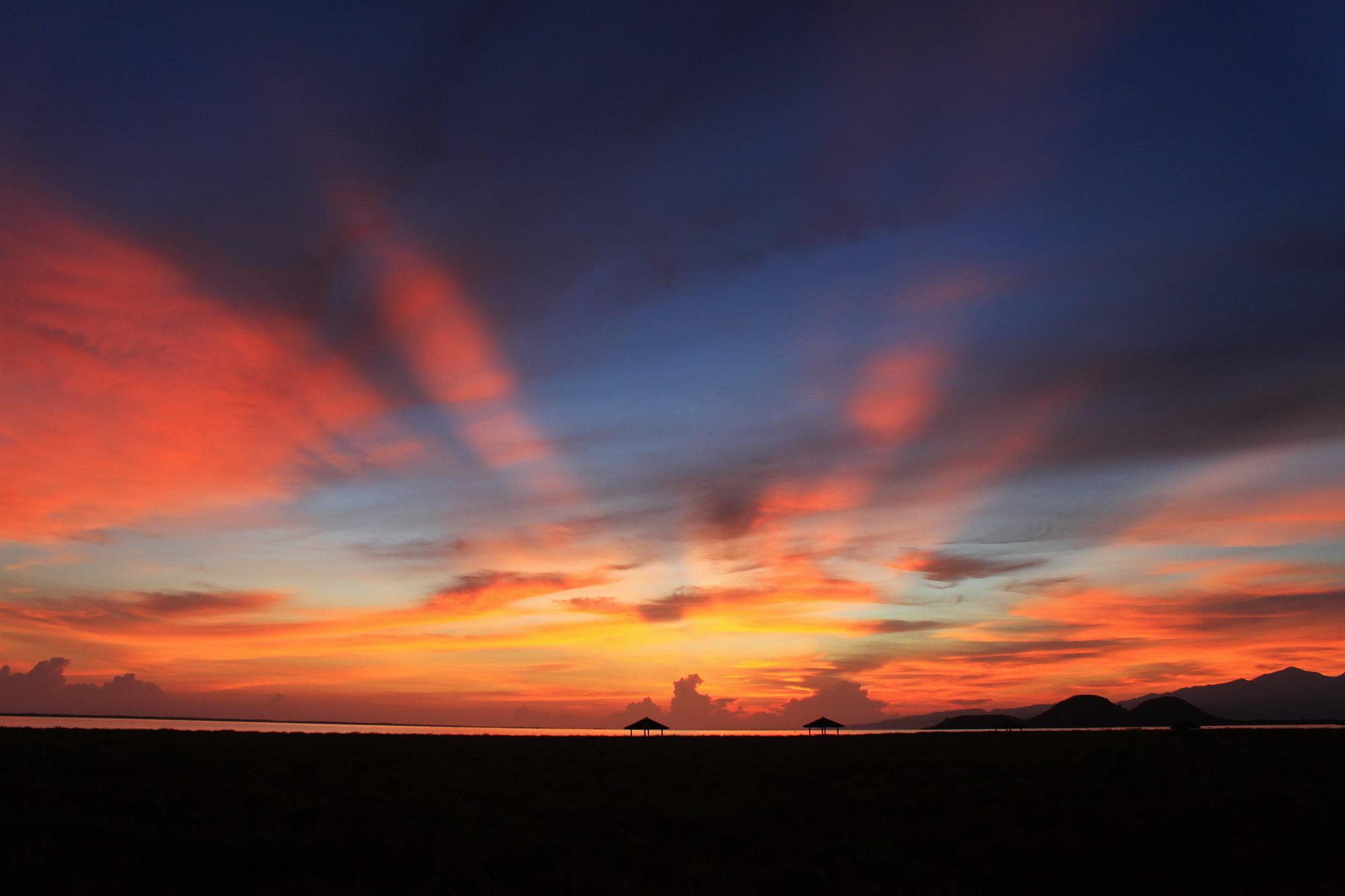Sunrise Cantik di Pulau Kenawa