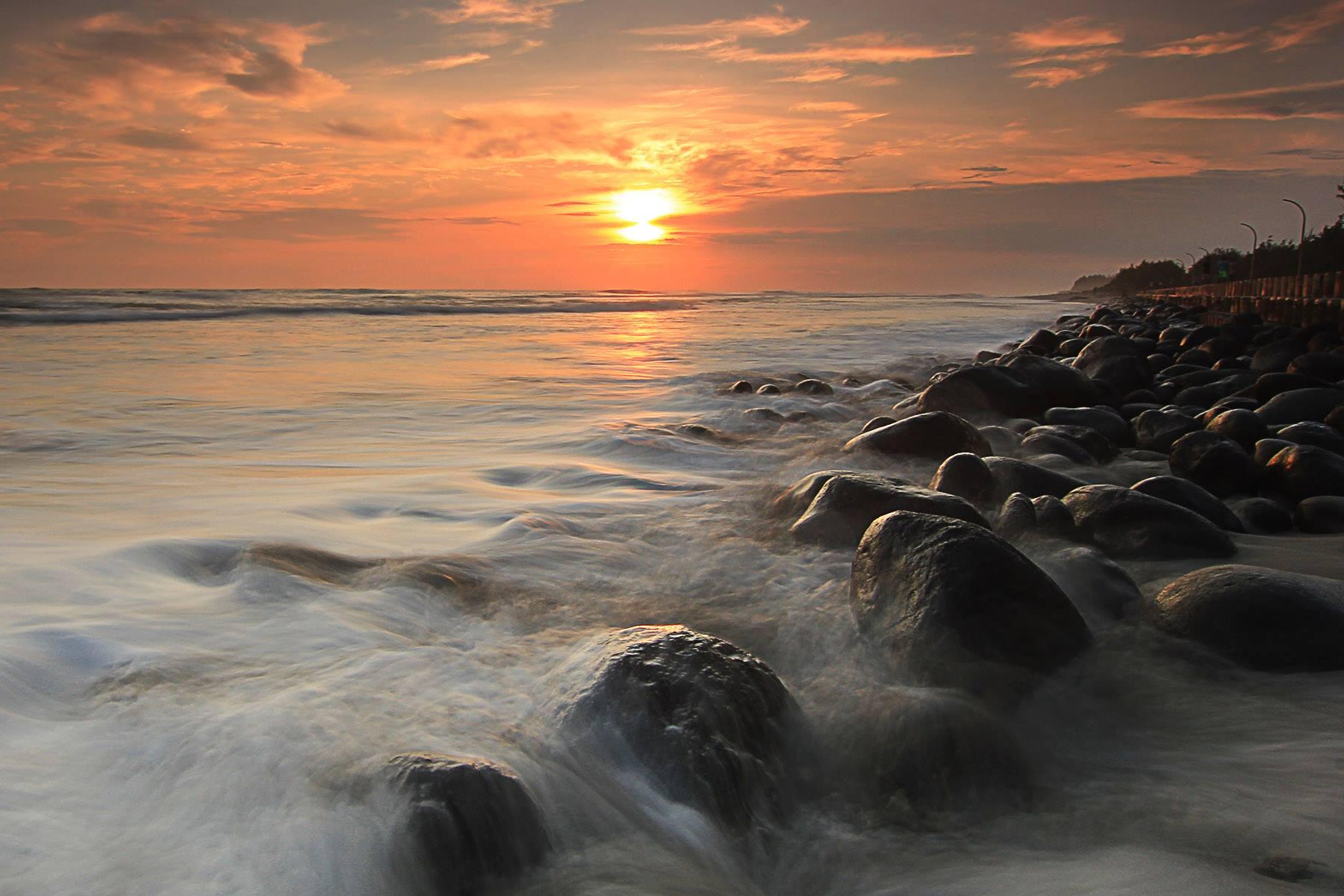 Pantai Panjang (© Hardian Saputra)