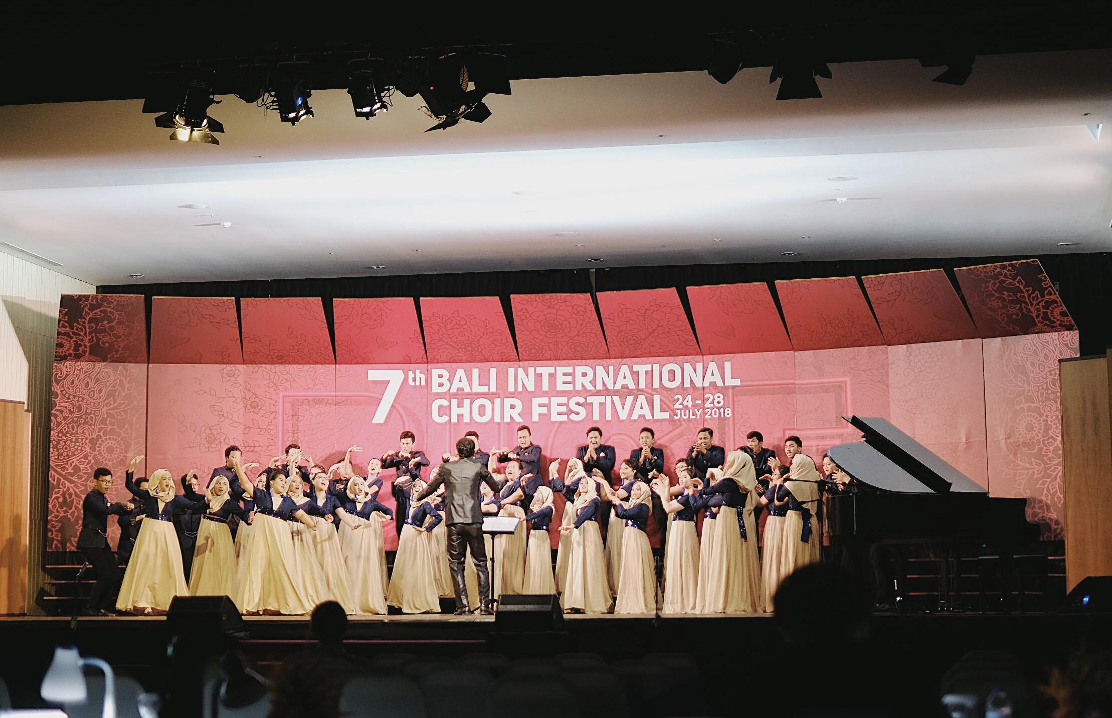Penampilan PSM Unpad dalam Grand Prix 7th Bali International Choir Festival 2018