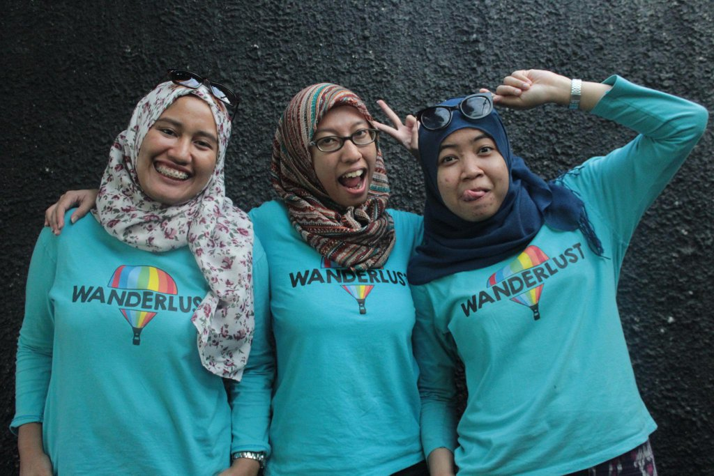 Co Founders Wanderlust Indonesia (Syahira Marina-Fany Ayuningtyas-Dini Hajarrahmah)