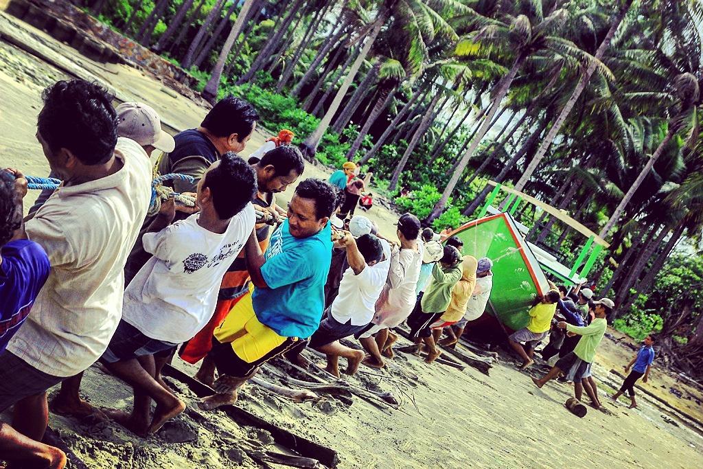 Mereka yang tumbuh dan menumbuhkan pulau ini