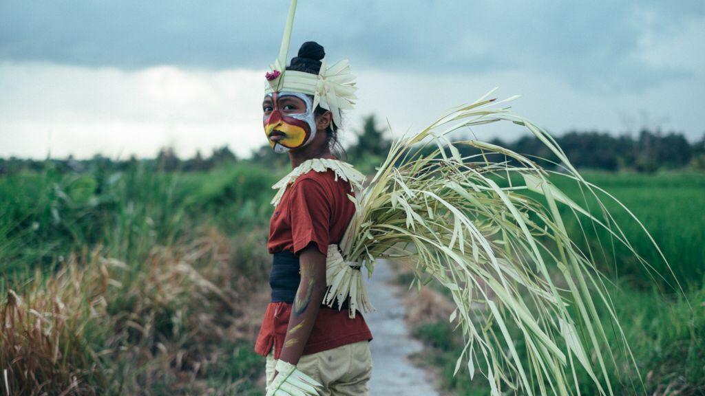 """Sekala Niskala"" adalah judul film ini dalam Bahasa Indonesia (APSA 2017)"