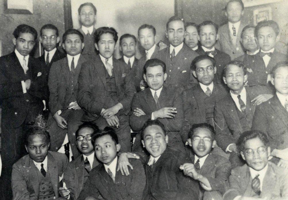 Para anggota Perhimpunan Indonesia tahun 1920-an (javapost.nl)
