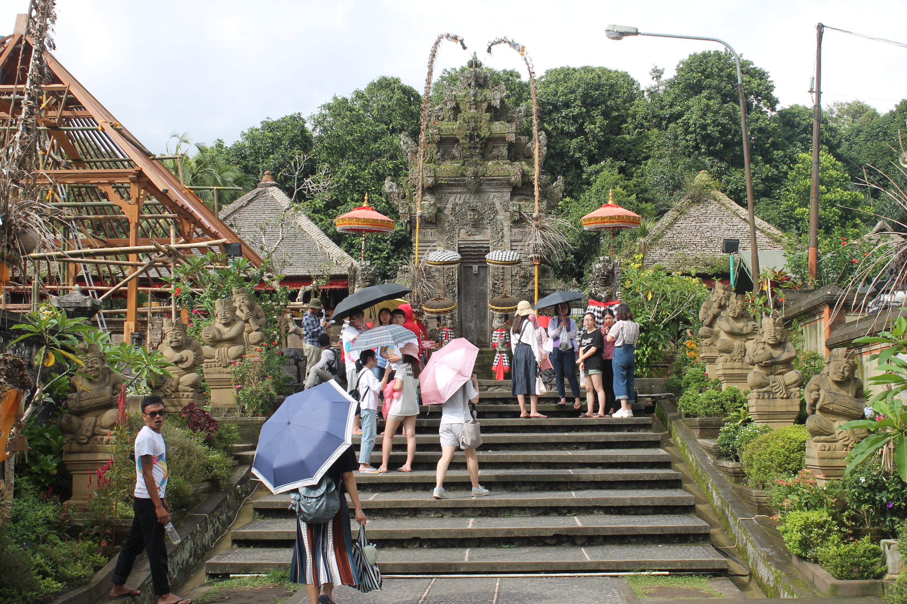 Desa Penglipuran Bali - Yoexplore - Travel Agent Jakarta Barat