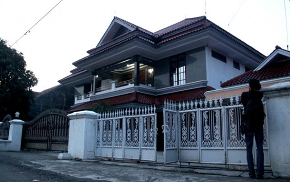 Salah satu rumah mewah milih pengusaha warteg yang ditinggal merantau   Sumber: Tempo.co