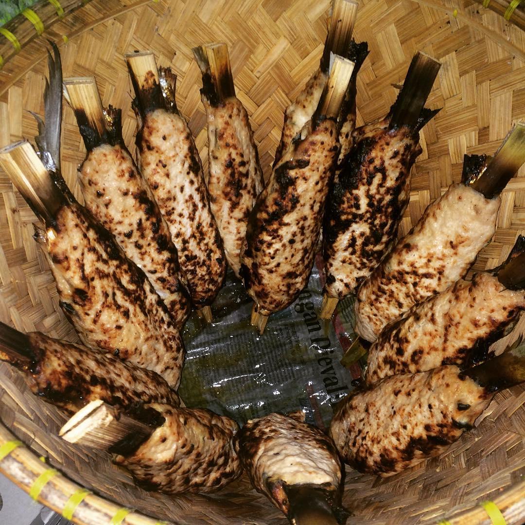 Sate Bandeng | Foto : Travelingyuk.com