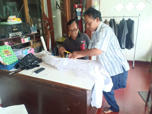 Komunitas Difabel pembuat APD | Foto: Muhammadiyah.or.id