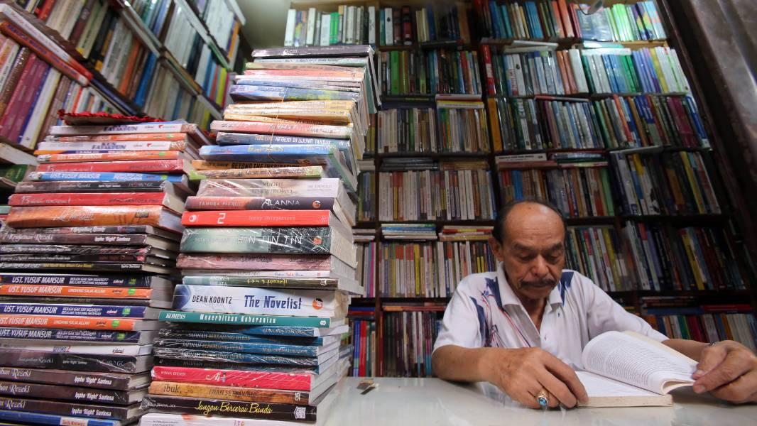 Pasar Buku Palasari l Foto: beritabaik.com