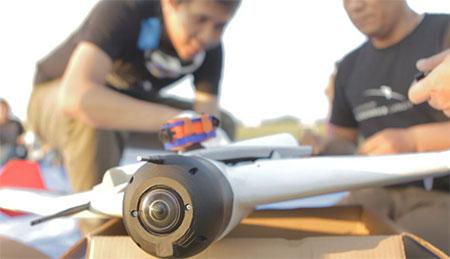 Tim Aero Terrascan mempersiapkan misi Menembus Langit (Dok GATRA/Aero Terrascan)
