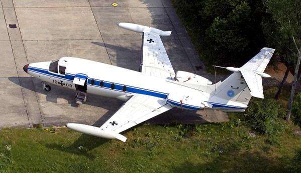Hansa Jet 320 ( Pesawat Eksekutif )